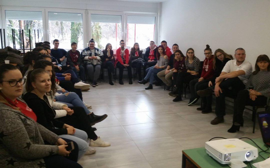 Klub mladih organizirao radionicu o alkoholizmu