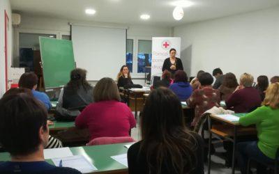 Započele edukacije kroz projekt Pomozi sebi, pomažući drugima